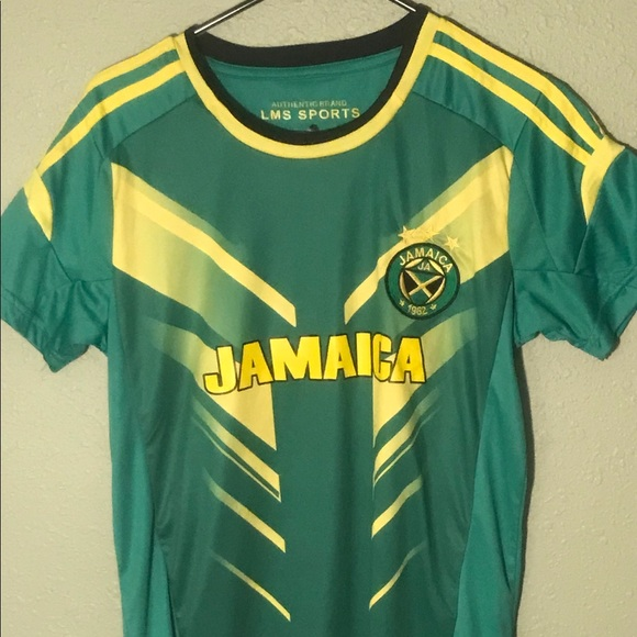 ed20dbccd38 JAMAICA  SOCCER JERSEY   AUTHENTIC   MENS SMALL